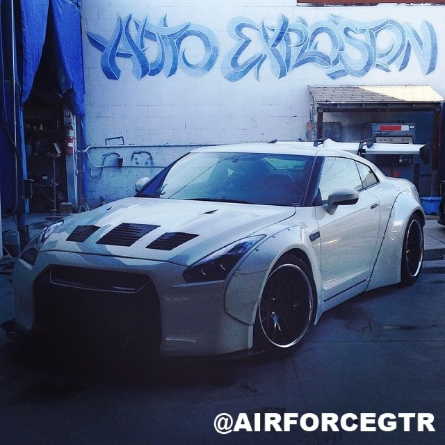 1st U.S. R35 GTR with the Liberty Walk Wide-Body Kit - @airforcegtr