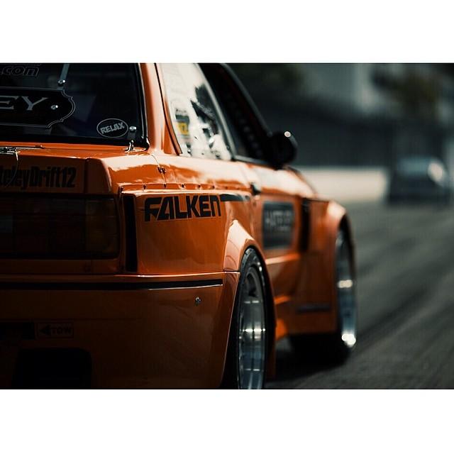 Formula DRIFT rookie @hateleydrift12 BMW E30 #formulad #formuladrift Photo by: @larry_chen_foto