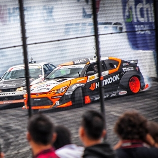 Awesome moment from @formulad Seattle via @thespeedhunters! Photo by Michael Tsao.
