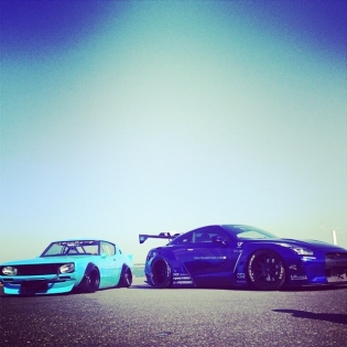 NEW LB WORKS GT-R and OLD LB WORKS GT-R