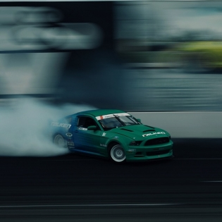 Ride the bank @justinpawlak13 @falkentire | Photo by @linhbergh |