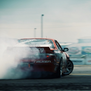Sideways @patgoodin @falkentire | Photo by @linhbergh |