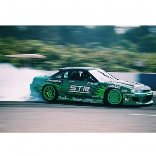 e-brake @forrestwang808 @hankookusaracing | Photo by @linhbergh |