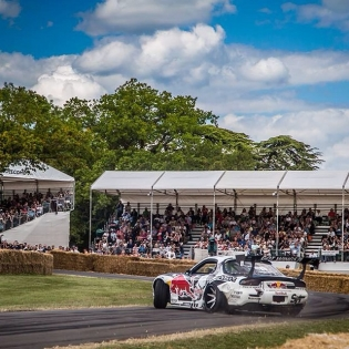 'Stay off the GRASS! @fosgoodwood was the most challenging hillclimb to drift up with such high speeds on a very narrow & off camber driveway, no run off area, prestigious solid flint walls, the strict rules and to ensure I didn't let the fire breathing 4rotor set alight to the hay bales all whilst charging | pic props: ZERO media