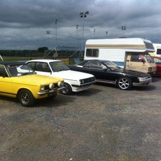 There was a vintage run for charity in my town Saturday so I took out my 20b Cosmo. Not quite vintage but close enough. In good company here with rs2000 and avenger