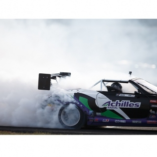 Bringing the smoke @daigo_saito @achillestire | Photo by @larry_chen_foto |