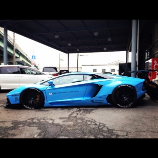 lb★works aventador @forgiato