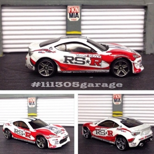 Check out @lil305garage's custom @rsrusa Toyota GT86 scale model! He's built four of our vehicles by now - peep his profile for pics!