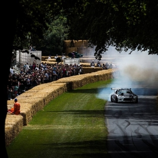 Goodwood Festival of Speed is still KING of all events! blazing out the drive towards the flint wall. @fosgoodwood pic props: @tshaxson