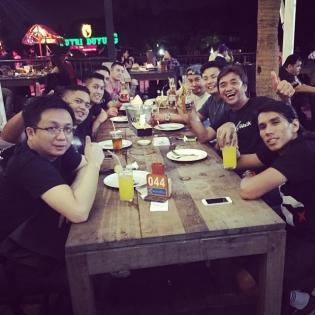 Happy with Indonesia family @hinofficial @cknaga
