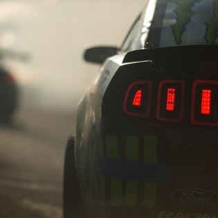Mustang RTR @officialfordracing @vaughngittinjr @nittotire | Photo by @larry_chen_foto |