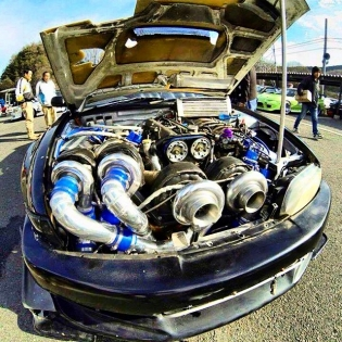 The definition of #overkill! Quad turbo #2JZ.