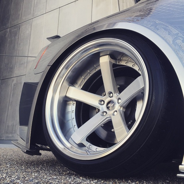 Close up on this WORK Zeast ST2 concept by Sion (Special Order Program) 21inch. #artofwheel