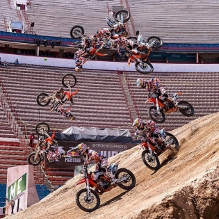 Tune in now redbullxfighters.com/Mexico-live can't wait to see my kiwi bro @levi_sherwood execute his new trick!