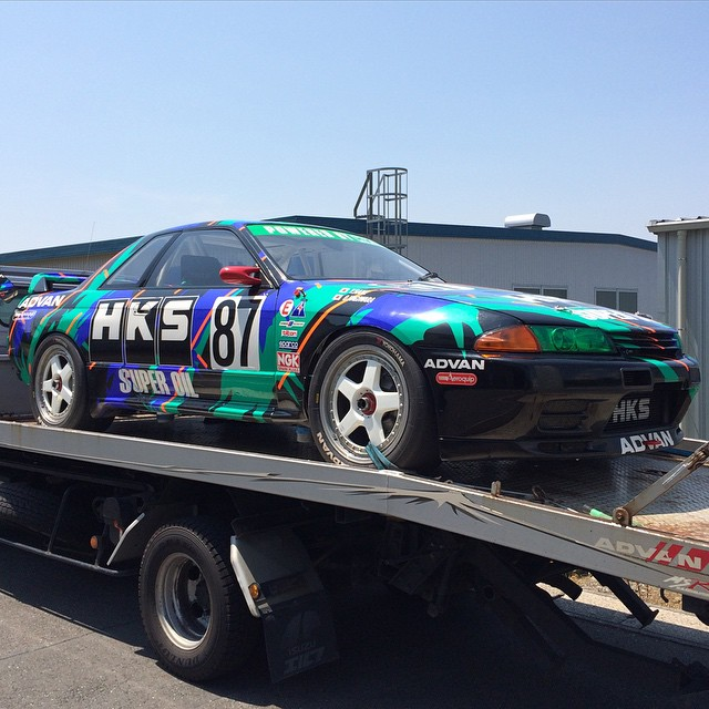 I'll be piloting the R32 Group A race car....'s tow truck to Gunsai Circuit today with our suspension guru Kenji. #HKS #HKSUSA #HKSPOWER #madeinjapan #R32 #SKYLINE #GTR #GroupA #Advan #Bride