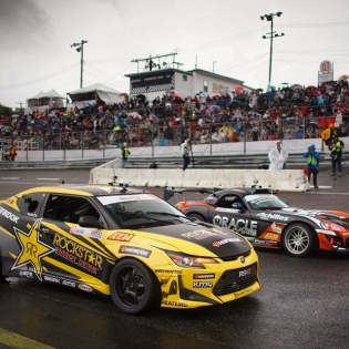 Tell me... Which other form of racing has a @scion tC and Viper compete on equal terms? @formulad @larry_chen_foto