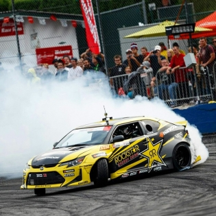 Hammer down! Had so much fun in Seattle! @rockstarenergy @hankookusaracing @scionracing @kmcwheels @rsrusa @takataracing @gatebil_official @berktechnology @torco @gatebil_official @trakyoto @adidasmotorsport @larry_chen_foto