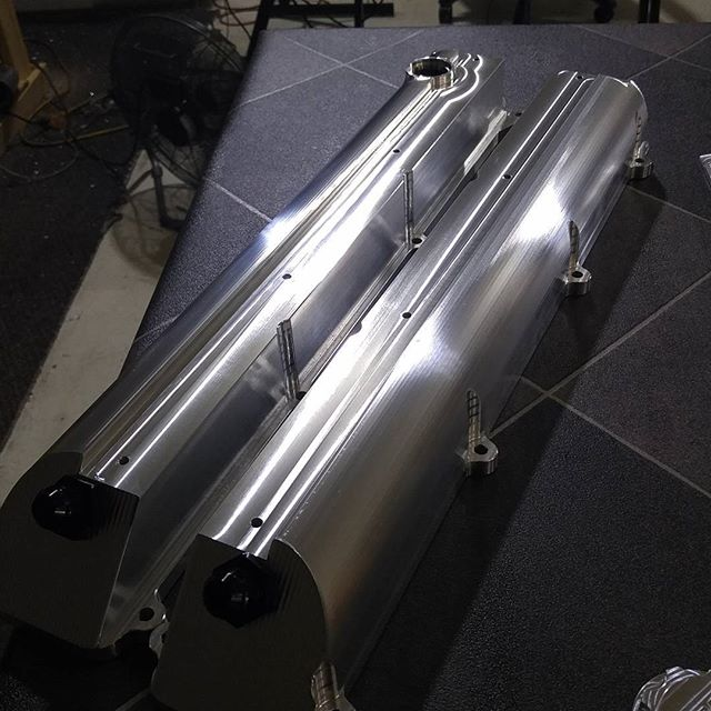 Ocdworks billet 2jz valve cover surface finish shot. #supra #2jz #2jzgte #docrace #2jzge #2jzswap #mkiv #mkivsupra #jza80 #drift #formulad #supraforums #supranation #supratt #turbo #boosted #boost #turbocharger #vvti #toyota #t51r #hkst51r #jdm #supratt