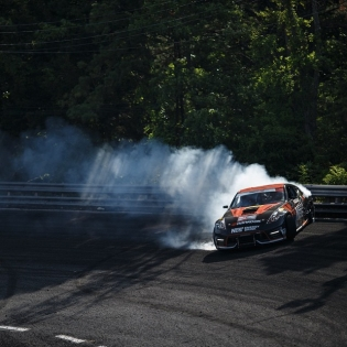 Riding high at Wall Speedway! This is easily the sketchiest bank that we have to run in @formulad.