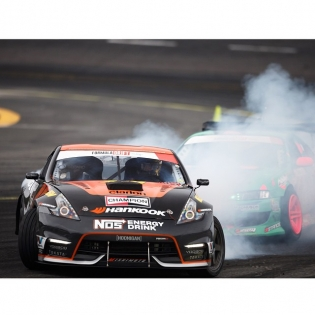 These @hankookusaracing RS3 tires deploy a nice smoke screen that my competitors probably do not enjoy as much as me...
