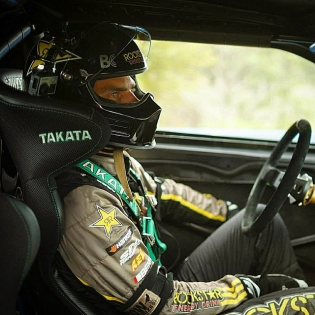 Hanging out in my @takataracing cockpit before it's go-time! Click the link in my profile for a full @scionracing photo gallery.