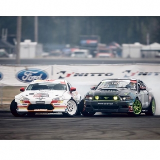 Wheel to wheel @ryantuerck @vaughngittinjr | Photo by @larry_chen_foto