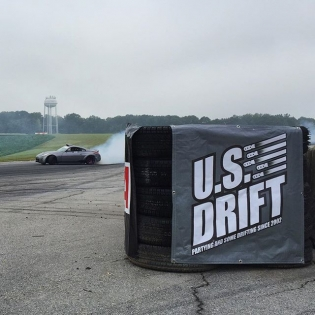 @usdrift practice is going down here at @virnow. Patriot Course is one of my favorite tracks to run on, 4th gear down hill cranking smoke! I wish I brought a car to play in between my judging duties.