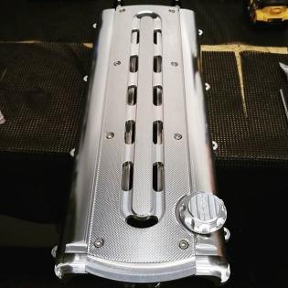 First set of valve cover is cleaned and assembled ready for shipping. #2jzgrl #2jz #2jzgte #2jzge #2jzgtevvti #supranation #supraforums #supra #supratt #drift #driftnation #formulad #mkivsupra #t51r #hkst51r #turbo #boost #boosted #boostedlife #carwithoutlimits #fl2k15 #jza80 #turbocharger #borgwarner #ocdworks2jzsolution #is300 #trd #hks