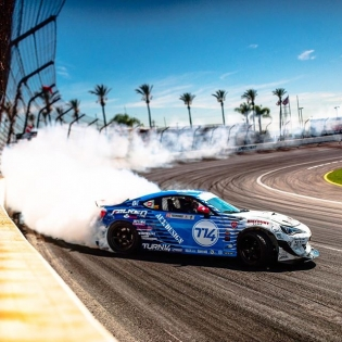 Here is your chance to win two tickets to tomorrow's main event. Just like this pic to enter. I'll pic a winner tonight. Good luck. | #dai9 #formulad #drift #fdirw #brz #falkentire #disounttire #turn14 #arkdesignusa #houseofdrift