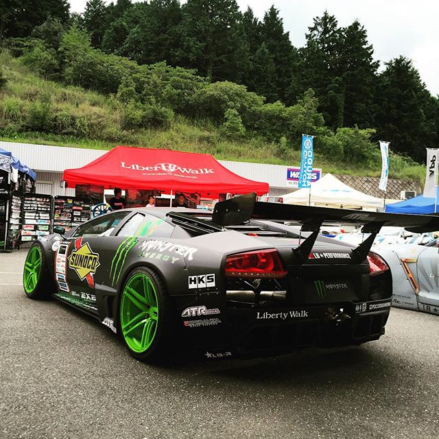 LIBERTY WALK️MONSTER ENERGY D1 DRIFT CAR JAPAN http://www.youtube.com/watch?v=CAzjNZKL8wc&sns=em santo