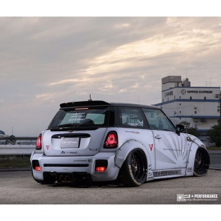 LIBERTY WALK LB★WORKS MINI 2015 SEMA SHOW DUB BOOTH #libertywalk #lb #lbperformance #lbworks #dub #forgiato @forgiato #monsterenergy #ltmw #srautogroup #tnpperformance #sunusmotorsports #aylezo #premierautowerkz #gtautoconcepts #reinartdesign #infinitemotorsport #978motoring #gta #race1_sa #nurperformance #optimusperformance #svhautobodyshop #kuconnection #apac #queenstcustoms #airrex #fiexhaust #sidney_industries #mini #bmw