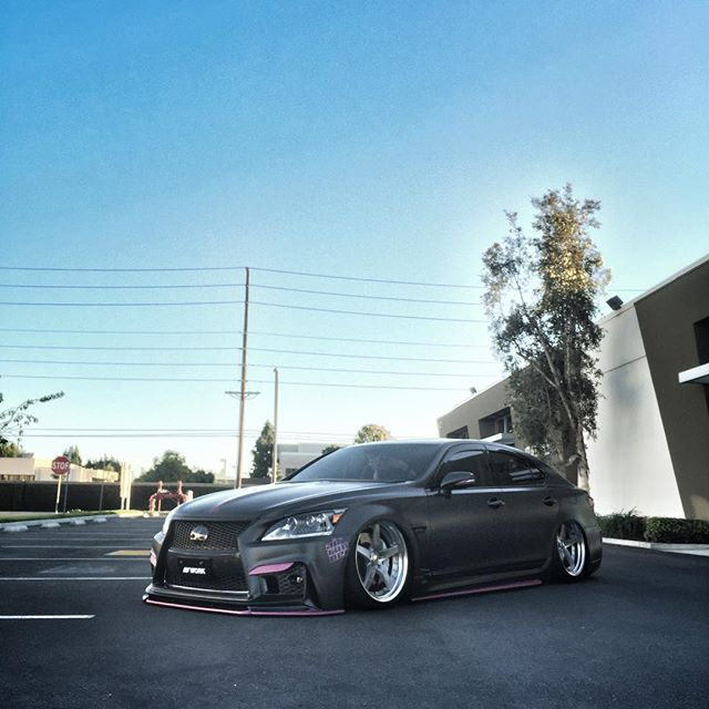 @kyoeiusa LS shooting is a wrap! The Lexus, displayed at SEMA this week, is slammed on new WORK Gnosis GR203