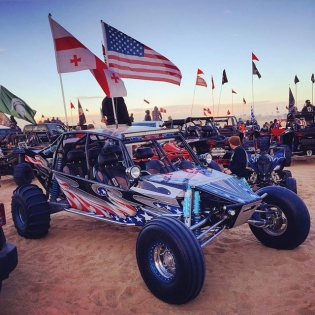 Spotted this red blooded bad ass #MERICAN sandrail here in Glamis! Out here with @bradmanka & the @canamofficial family - thanks a bunch for the hospitality and great times!