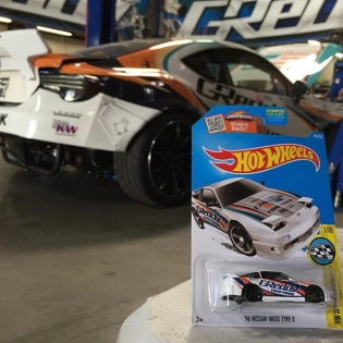 New #intheGReddyGarage the #GReddyRacing 180SX from @hotwheelsofficial #greddylivery