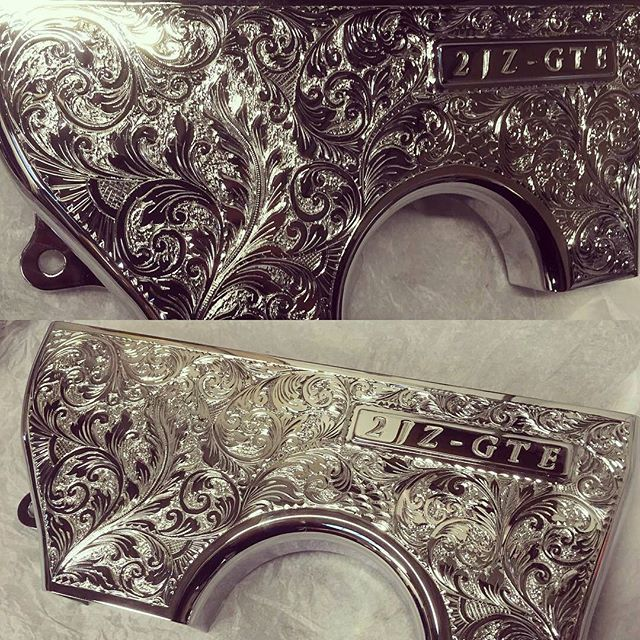 A lot of work on these cover. Great job @rm_polishing - OCD centre belt cover. Engraved and chromed.