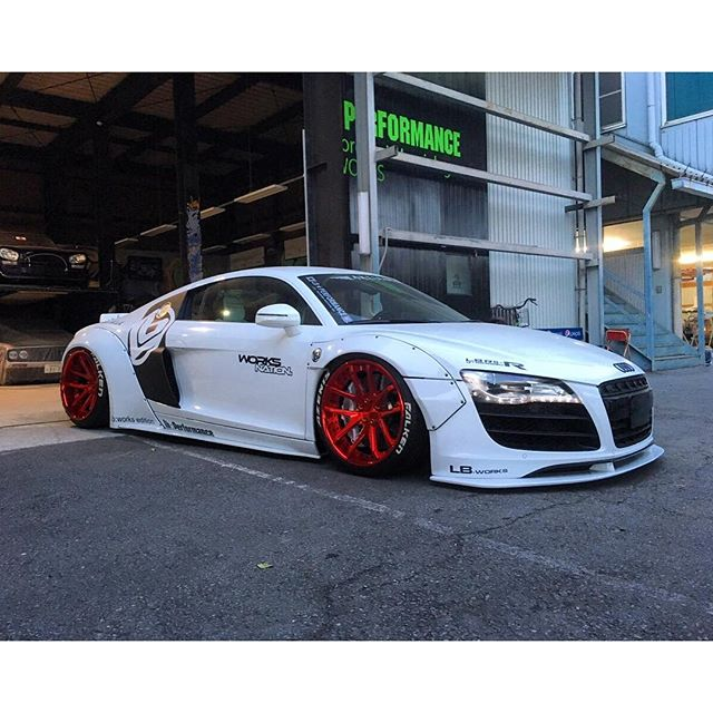 LIBERTY WALK LB★WORKS AUDI R8 Japan Kato's custom @libertywalkkato