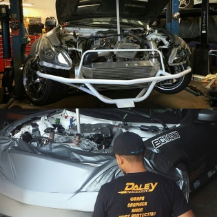 After Long Beach Formula Drift, we completely redesigned the damaged front end and intercooler set up on @robbienishida 's FD drift car and @daleyvisual guys are finishing up wrapping the front bumper on the car. Thanks for the last minute wrap job guys! Always there to save the day! @kindaineomotorsports_jerry you got the jack point you asked for. #designcraftfabrication #designcraft #designcraftfab #daleyvisual