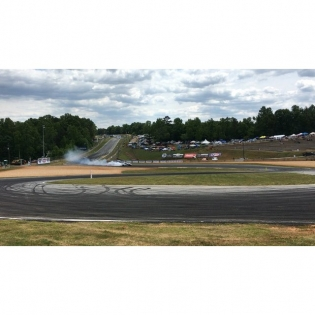 @kengushi leading @odidrift during Friday practice at @formulad Atlanta. #fdatl #formuladrift #drifting