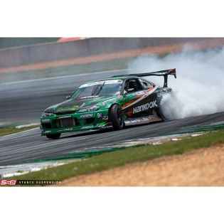 Car is feeling good! Got the @stanceusa suspension dialed in for this track. Burning some @hankookusa tires up! Come out or watch live in formulad.com/live #GetNutsLab #GetNuts #ForrestWang #FDATL #s15 #2jz #hankookdriver
