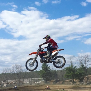 Had a blast yesterday with my brother and friends at #MX101. Awesome to get back on a bike again. @justin_tuerck @ianboliver @rleite298 @brittanylee138. Now to tear down this @ktmusa 250 two-smoker and maker her better. #rt411 #twostrokecoldsmoke