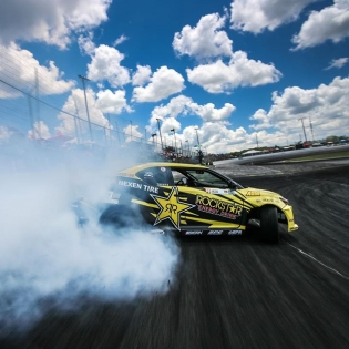 #holdstumt @fredricaasbo @nexentireusa | Photo by @larry_chen_foto #formulad #formuladrift
