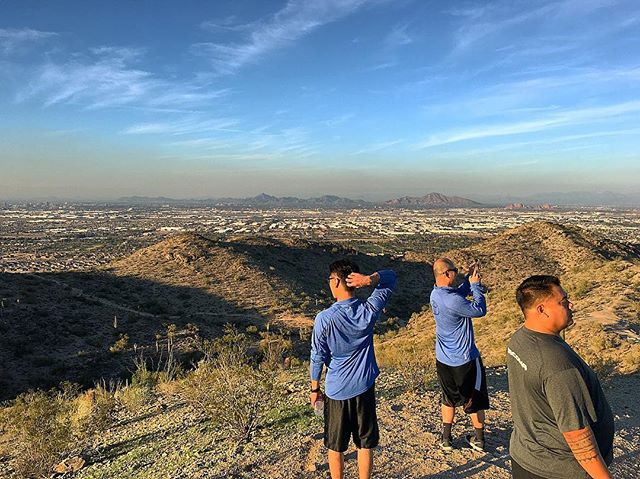 Out exploring the hills around Phoenix with @4dolo, @romfigs and @kengushi. It's January and I'm wearing shorts, which is a big deal for a Canadian!