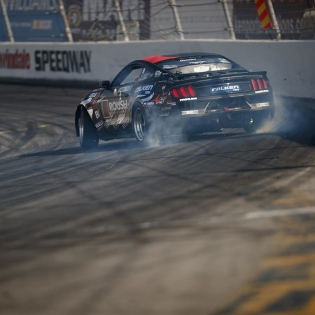 SEND IT @justinpawlak13 @falkentire #formulad #formuladrift