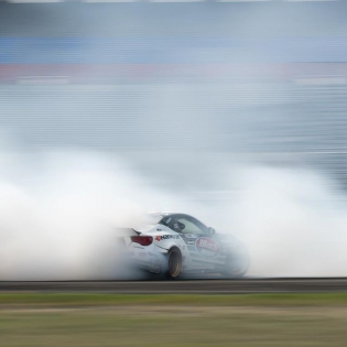 Sliding into the weekend! @ryantuerck @hankookusaracing @blackmagicshine #formuladrift #formulad