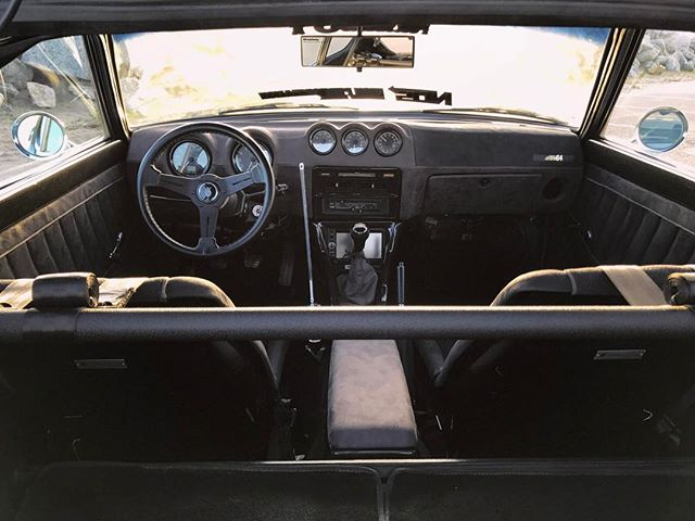 The interior of my Datsun 280Z got fully reworked with the help of @clarionusa @carbonsignal and @speedhut gauges. Everything is carbon or alcantara for a killer finish.