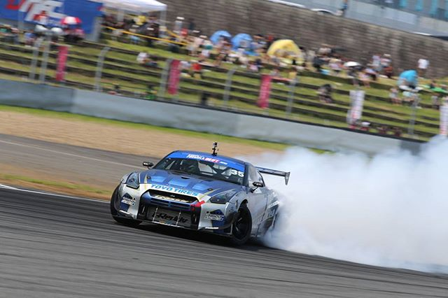 Formula Japan - Does it drift? Fuji Speedway 2015 R35