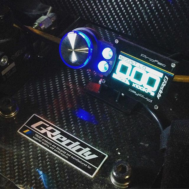 GReddy - electronic boost controller