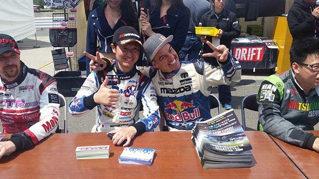 Autograph session - Formula Drift Japan round 1 Suzuka Twin Circuit