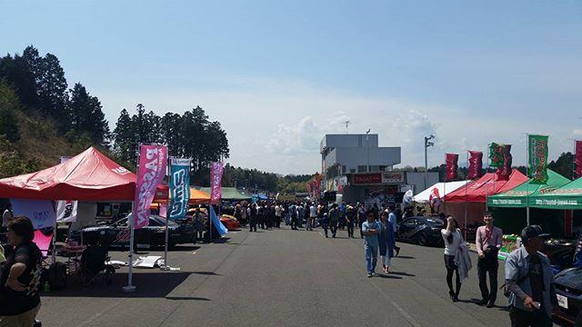 Great drift weather - Formula Drift Japan round 1 Suzuka Twin Circuit