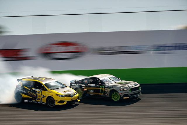 Chase like you mean it @fredricaasbo @vaughngittinjr | photo by @larry_chen_foto
